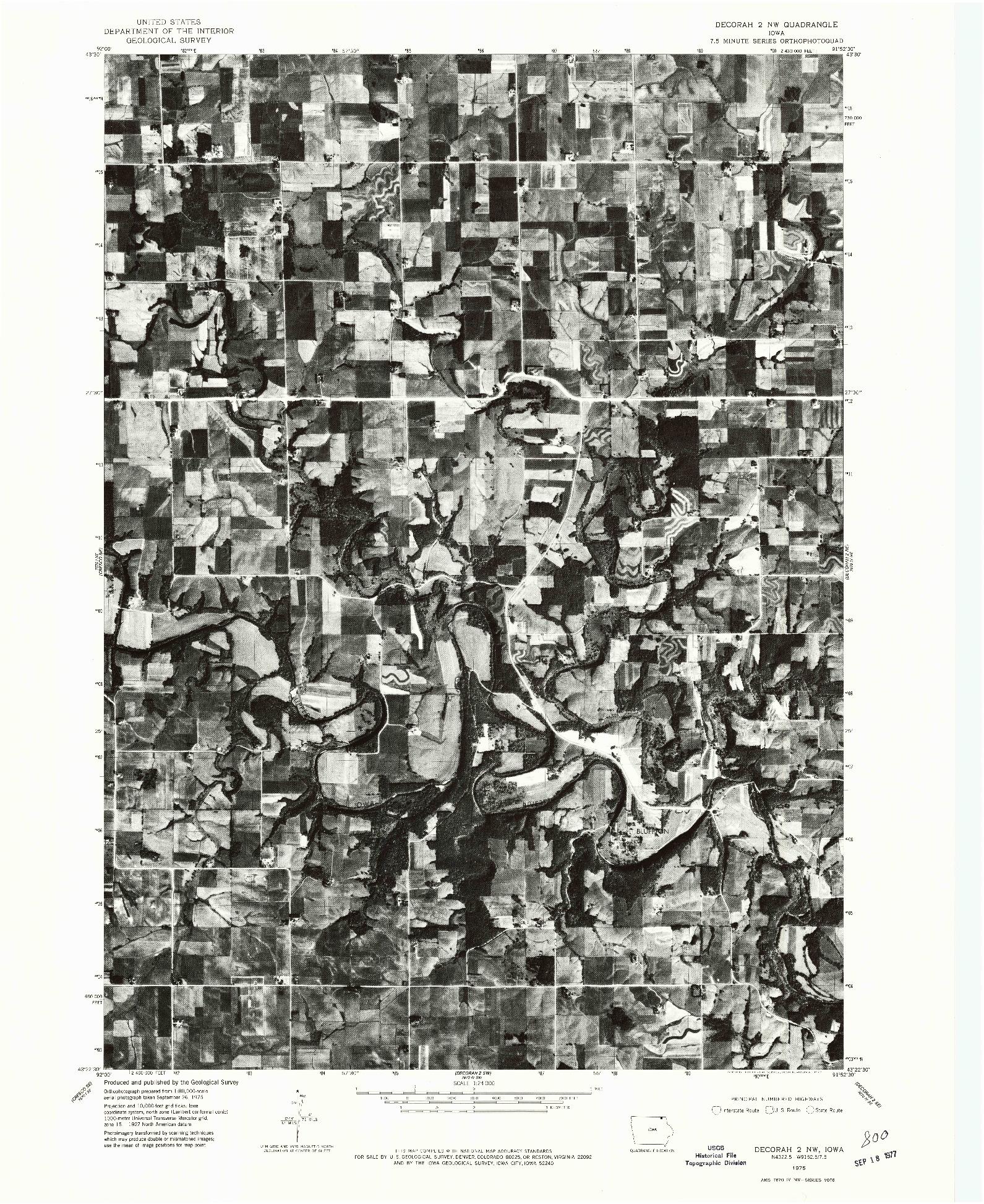 USGS 1:24000-SCALE QUADRANGLE FOR DECORAH 2 NW, IA 1975