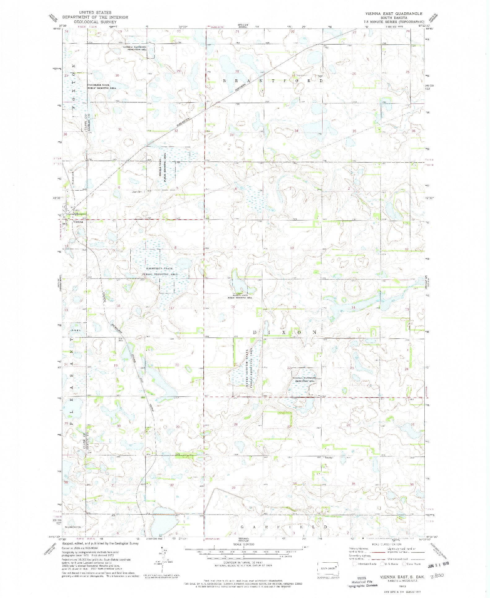 USGS 1:24000-SCALE QUADRANGLE FOR VIENNA EAST, SD 1973
