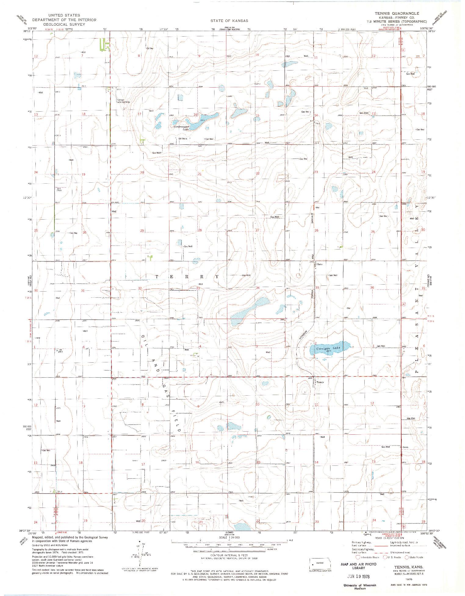 USGS 1:24000-SCALE QUADRANGLE FOR TENNIS, KS 1976