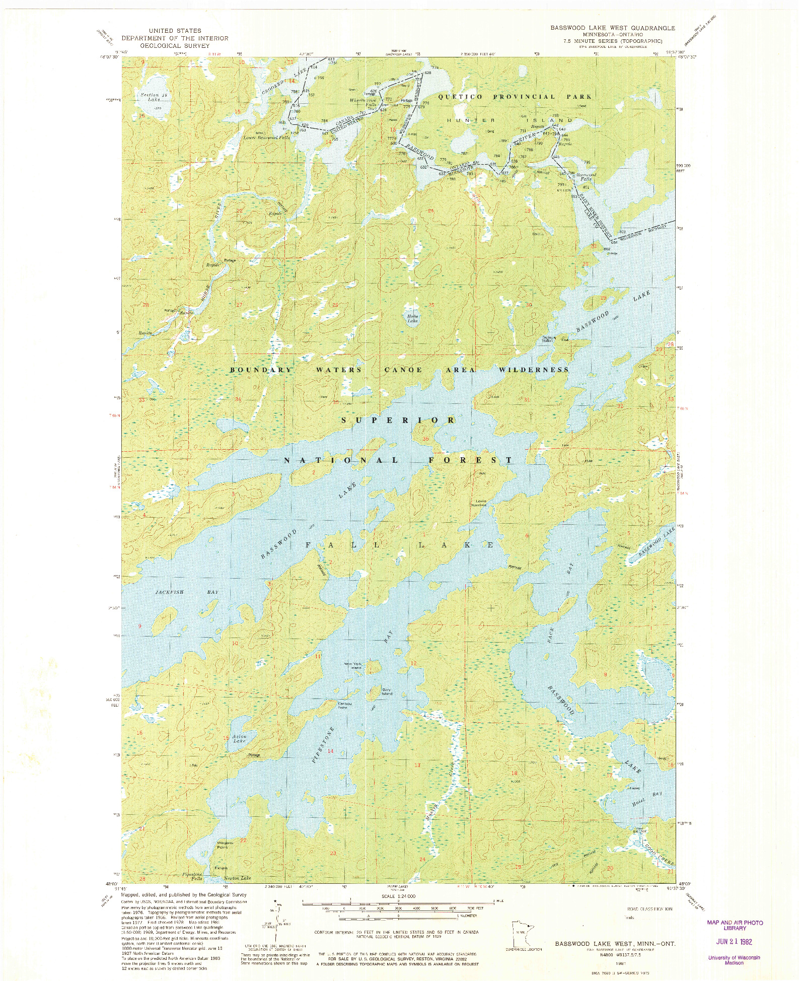USGS 1:24000-SCALE QUADRANGLE FOR BASSWOOD LAKE WEST, MN 1981