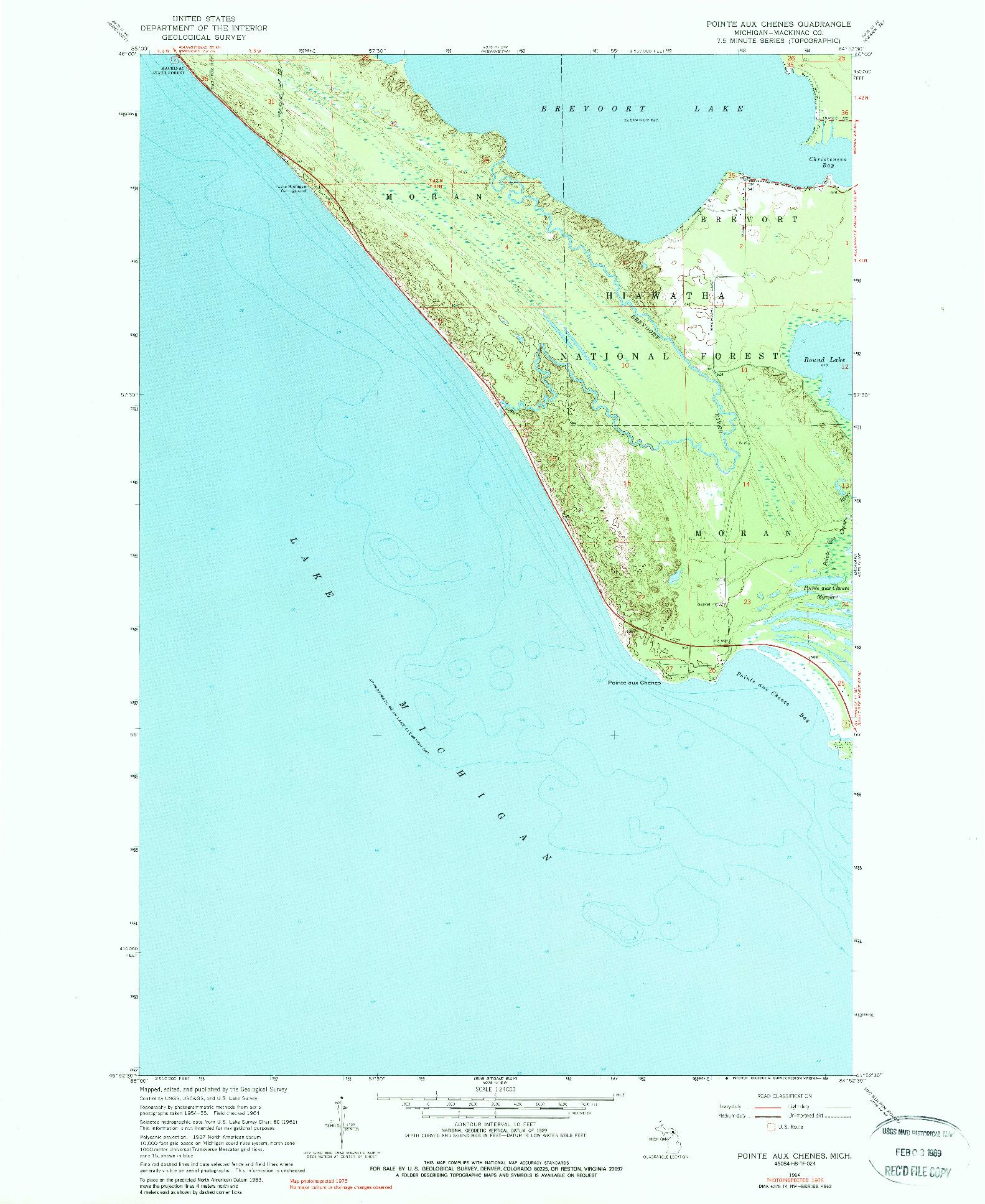USGS 1:24000-SCALE QUADRANGLE FOR POINTE AUX CHENES, MI 1964